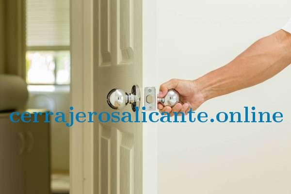 ¡Quieres seguridad y estilo para tus puertas?, colocales cerraduras digitales